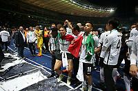 19.05.2018, Olympiastadium, Berlin, GER, DFB-Pokal, Finale FC Bayern Muenchen vs Eintracht Frankfurt<br /> , <br />DFB-Pokalwinner  2018 Eintracht Frankfurt, Carlos Salcedo (Frankfurt), Marco Fabian (Frankfurt) *** Local Caption *** © pixathlon<br /> Contact: +49-40-22 63 02 60 , info@pixathlon.de