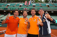 Austria, Kitzbühel, Juli 19, 2015, Tennis,  Davis Cup, The Dutch team celebrates, ltr: Jesse Huta Galung, Jean-Julien Rojer, Robin Haase and Thiemo de Bakker<br /> Photo: Tennisimages/Henk Koster