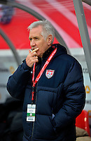 Offenbach, Germany, Friday, April 05 2013: Womans, Germany vs. USA, in the Stadium in Offenbach,  Headcoach Tom Sermanni (USA)...