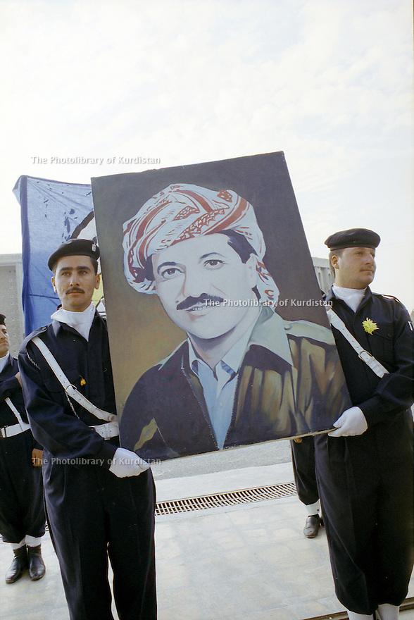 Irak 2000. Journée de la police à Erbil.        Iraq 2000. Police's day in Erbil
