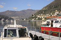 - Como, lungolago e battelli turistici <br /> <br /> - Como, lakefront and tourist boats