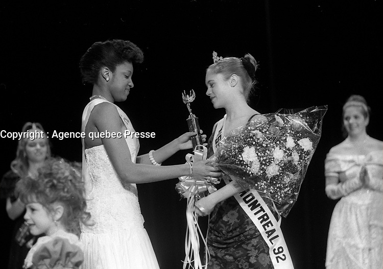 le concours Miss Teen 1992<br /> , 26 Janvier 1992<br /> <br /> Miss Teen Contest, Jan. 1992<br /> <br /> PHOTO : Agence Quebec Presse