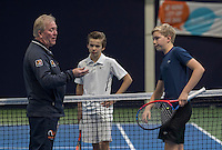Hilversum, Netherlands, December 4, 2016, Winter Youth Circuit Masters, Toss between Bastiaan Westtrate and Stian Klaasen (M)<br /> Photo: Tennisimages/Henk Koster