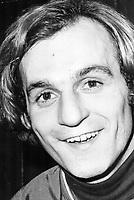 1977 FILE PHOTO - ARCHIVES -<br /> <br /> Narrow escape for Lafleur<br /> <br /> 1977<br /> <br /> PHOTO : Doug Griffin  - Toronto Star Archives - AQP