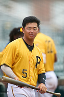FCL Pirates Gold Tsung-Che Cheng (5) during a game against the FCL Rays on July 26, 2021 at LECOM Park in Bradenton, Florida. (Mike Janes/Four Seam Images)