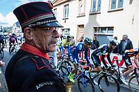 Traditional start. <br /> <br /> 102nd Kampioenschap van Vlaanderen 2017 (UCI 1.1)<br /> Koolskamp - Koolskamp (192km)