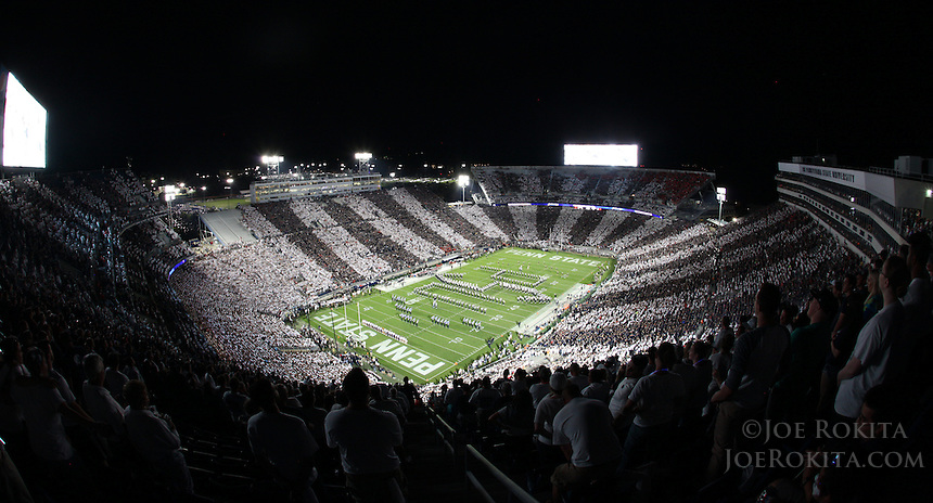 State College, PA - 09/19/2015:  The Penn State Blue Band forms the PSU monogram on the field during pre-game. Penn State defeated Rutgers by a score of 28-3 on Saturday, September 19, 2015, at Beaver Stadium in University Park, PA.<br /> <br /> Photos by Joe Rokita / JoeRokita.com
