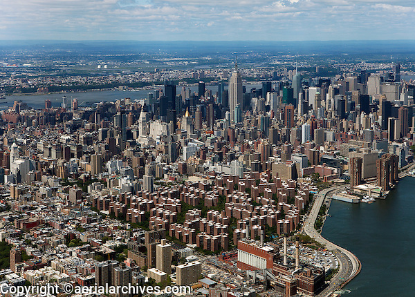 aerial photograph Stuyvesant Town Peter Cooper Village to midtown Manhattan, New York City
