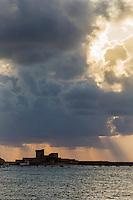 France, Pyrénées-Atlantiques (64), Pays-Basque, Ciboure, le fort de Socoa, construit sous Louis XIII et remanié par Vauban  au soleil  couchant // France, Pyrenees Atlantiques, Basque Country, Ciboure, Socoa Fort, built under the regn of King Louis XIII and modified by Vauban at the sunset