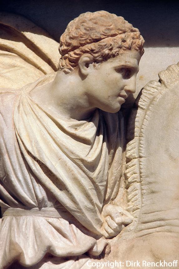 Türkei, Alexandersarkophag im archäologischen Museum (Archeoloji Müzesi)  in Istanbul, Darstellungs Alexanders,  der Sarkophag stammt aus der Nekropole Sidon im Libanon (4.Jh. v.Chr.)