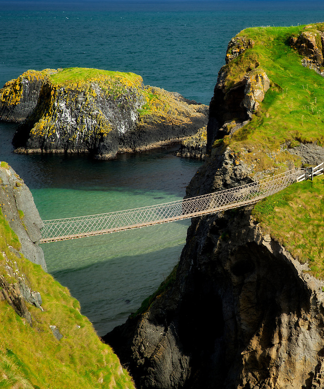 Carrick-a-Rede Rope Bridge. Northern Ireland