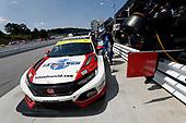 #73 LA Honda World Racing Honda Civic TCR, TCR: Mike LaMarra, Mathew Pombo, pit stop
