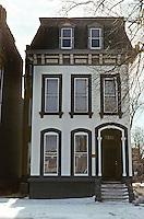 St. Louis: House, near Jefferson. Photo '78.