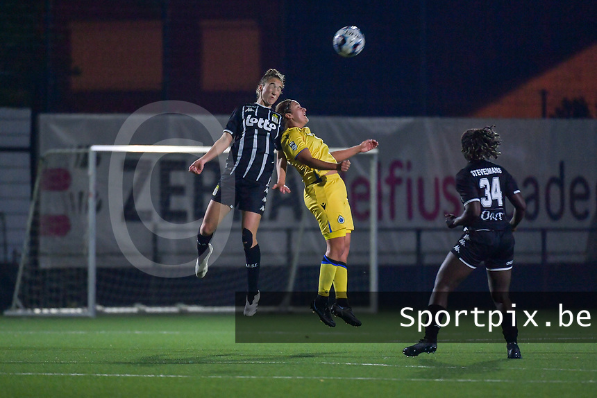 Hanne Hellinx (3) of Sporting du Pays de Charleroi and Ellen Martens (2) of Club Brugge pictured during a female soccer game between Sporting Charleroi and Club Brugge YLA on the sixth matchday in the 2021 - 2022 season of Belgian Scooore Womens Super League , friday 8 October 2021 in Marcinelle , Belgium . PHOTO SPORTPIX | STIJN AUDOOREN