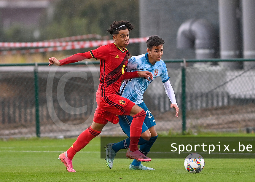 Noah Mawete Kinsiona (6) of Belgium pictured in action with Alexander Figueiredo Gurendal (20) of Norway during a soccer game between the national teams Under17 Youth teams of  Norway and Belgium on day 3 in the Qualifying round in group 3 on Tuesday 12 th of October 2020  in Tubize , Belgium . PHOTO SPORTPIX | DAVID CATRY