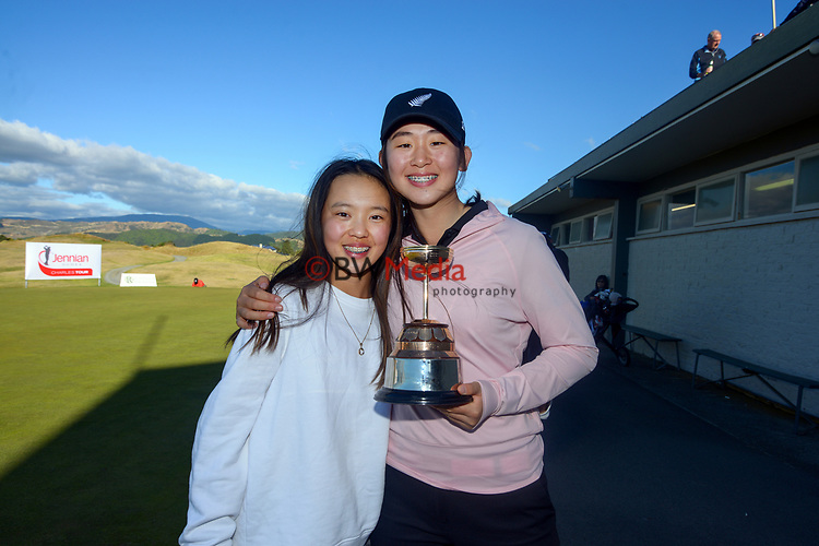 Vivian Lu with her caddy, Chloe Lam (left). Day four of the Renaissance Brewing NZ Stroke Play Championship at Paraparaumu Beach Golf Club in Paraparaumu, New Zealand on Sunday, 21 March 2021. Photo: Dave Lintott / lintottphoto.co.nz