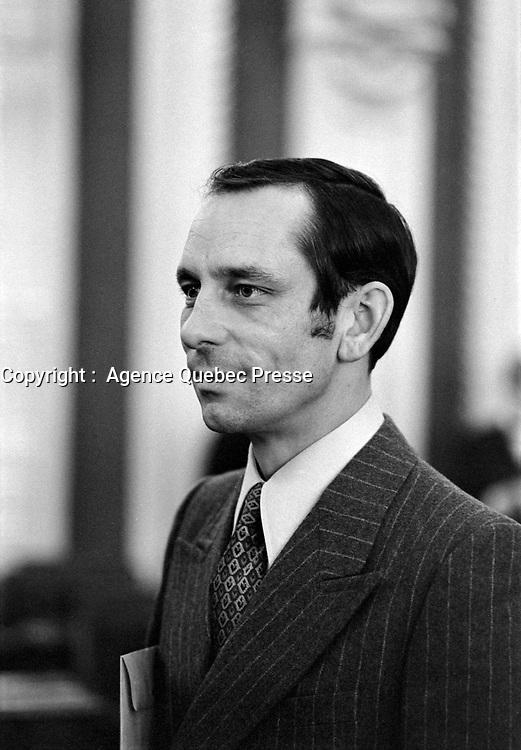 - Jean Cournoyer<br /> lors du<br /> Retour des elus a l'Assemblee nationale <br /> , le 23 février 1971<br /> <br /> Photographe : Photo Moderne<br /> - agence Quebec Presse