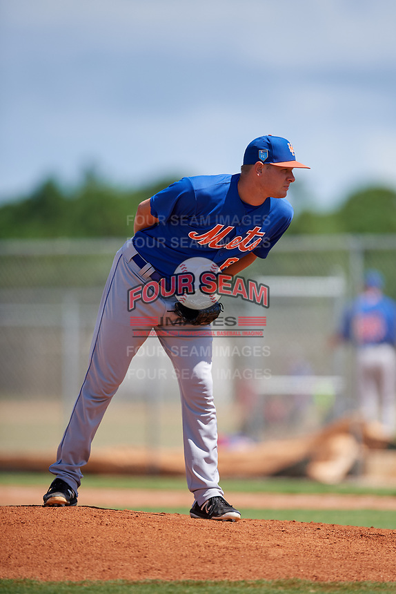 GCL Mets relief pitcher Ronnie Taylor Jr. (66) looks in for the sign during a game against the GCL Cardinals on August 6, 2018 at Roger Dean Chevrolet Stadium in Jupiter, Florida.  GCL Cardinals defeated GCL Mets 6-3.  (Mike Janes/Four Seam Images)