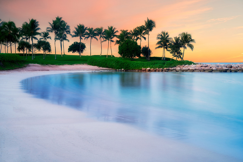 Peaceful beach at Ko Olina, Oahu, Hawaii