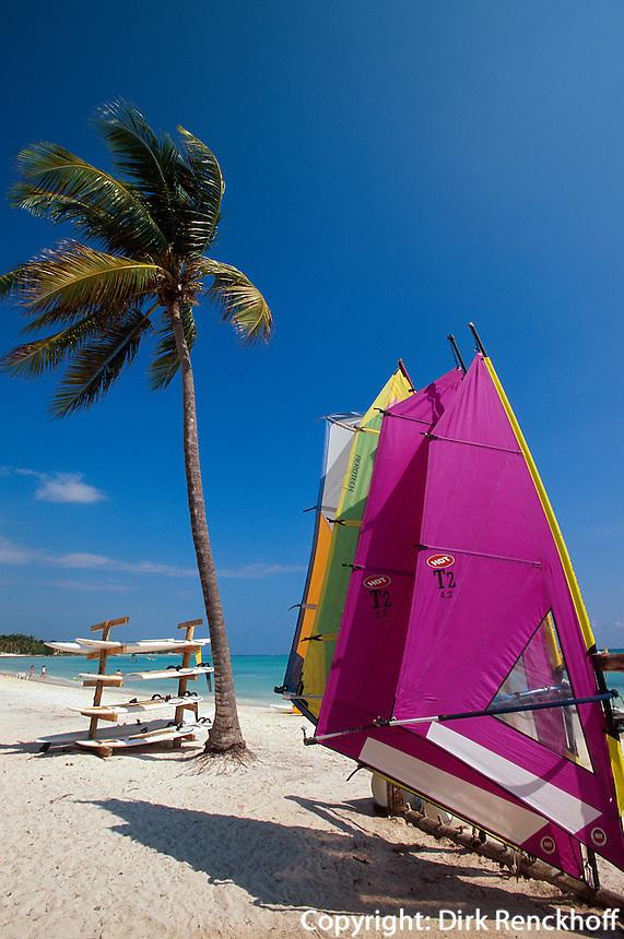 Dominikanische Republik, Surfboards im Punta Cana Beach Resort und Club