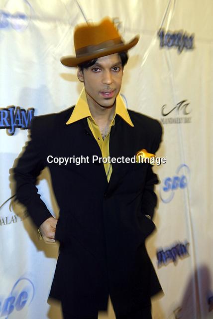 5/29/04,LAS VEGAS,NEVADA --- Prince arrives at the 7th Annual TigerJam at the Mandalay Bay Resort. --- Chris Farina