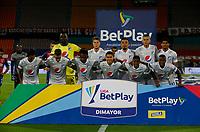 MEDELLIN - COLOMBIA, 04-02-2021: Jugadores de Millonarios posan para una foto previo al e partido por la fecha 4 entre Deportivo Independiente Medellín y Millonarios F.C. como parte de la Liga BetPlay DIMAYOR 2021 jugado en el estadio Atanasio Girardot de la ciudad de Medellín. / Players of Millonarios pose to a photo prior Match for the date 4 between Deportivo Independiente Medellin and Millonarios F.C. as part of the BetPlay DIMAYOR League I 2021 played at Atanasio Girardot stadium in Medellin city. Photo: VizzorImage / Donaldo Zuluaga / Cont