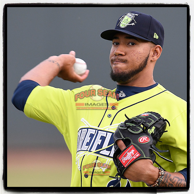 I can't believe the #Mets traded Simeon Woods-Richardson to Toronto. Trading the 18-year-old No. 6 Mets prospect (this year with the Columbia Fireflies) will surely come back to haunt the Mets. #justmyopinion