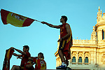 02.07.2012. Casillas (l) and Arbeloa during Tour of Madrid of the Spanish football team to celebrate their victory in Euro 2012 july 2012.(ALTERPHOTOS/ARNEDO)