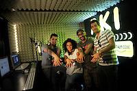 La redazione di Radio Kaos ItaLIS ,web radio di e per sordi, progetto creato dall'Associazione culturale Radio Kaos Italy..The editorial staff of Radio Kaos ItaLIS, web radio for the deaf, the project created by the Cultural Radio Kaos Italy.