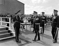 Visite du General Georges Vanier, Gouverneur General du Canada, au Camp militaire de Valcartier<br /> le  23 septembre 1960<br /> <br /> Photo : Photo Moderne - Agence Quebec Presse