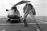 - antisubmarine AB 212 helicopter on board Aliseo frigate of Italian Navy during NATO exercises in  Mediterranean Sea (May 1992)....- elicottero antisommergibili AB 212 a bordo della fregata lanciamissili Aliseo della Marina Militare Italiana durante esercitazioni NATO in mar Mediterraneo (maggio 1992)