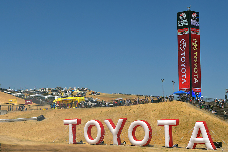 TOYOTA Inflatable Letters
