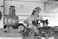- Cesano Maderno (Milano), settembre 1983, raduno internazionade dei Rom di religione Cristiana evangelista<br /> <br /> - Cesano Maderno (Milan), September 1983, international gathering of gypsies of evangelist Christian religion