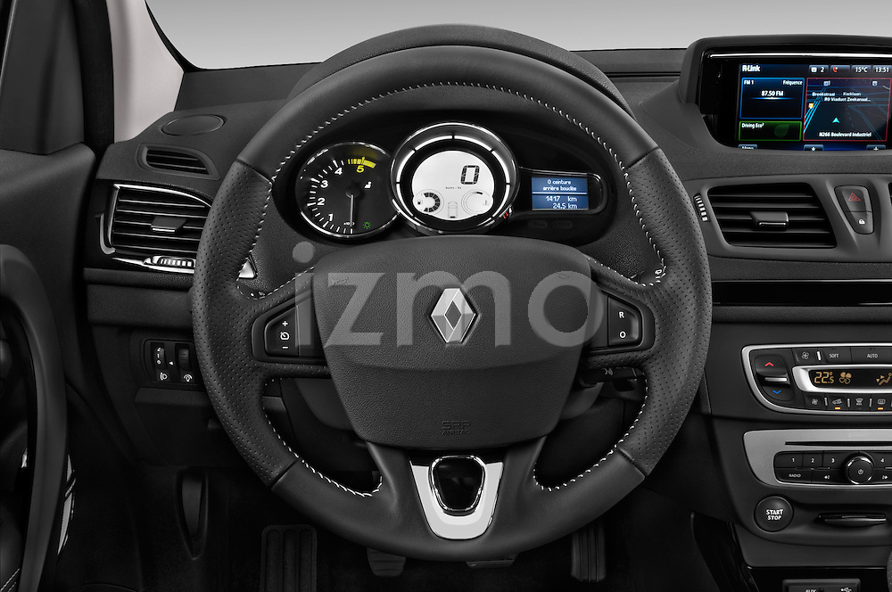 2014 Renault Megane Bose Edition 5-Door Hatchback