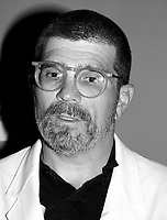 David Mamet ;   rÈalisateur et metteur en scËne<br /> PrÈsentation de son film au<br /> CinÈma ImpÈrial,le 27 ao°t 2000<br /> MENTION OBLIGATOIRE :  © Pierre Roussel, 2000