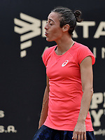 BOGOTA -COLOMBIA. 13-04-2017: Francesca Schiavone (ITA) reacciona durante juego contra Kiki Bertens (NED) de cuartos de final del Claro Open Colsanitas WTA 2017 jugado en el Club Los Lagartos en Bogota. /  Francesca Schiavone (ITA) reacts during match against Kiki Bertens (NED) for the quater final of Claro Open Colsanitas WTA 2017 played at Club Los Lagartos in Bogota city. Photo: VizzorImage/ Gabriel Aponte / Staff