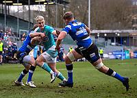 20th March 2021; Recreation Ground, Bath, Somerset, England; English Premiership Rugby, Bath versus Worcester Warriors; Fin Smith of Worcester Warriors hands off Tom Ellis of Bath