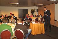 23-2-06, Netherlands, tennis, Rotterdam, ABNAMROWTT, Tournament director Richard Krajicek lectures