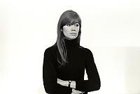 Françoise Hardy<br /> Paris - France<br /> 11/1965<br /> Credit : Chenz/DALLE