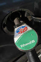 Deutschland Hamburg OIL ! Tankstelle mit Ethanol 85 Zapfsaeule / Germany Hamburg, petrol station gas station sells bio ethanol alcohol for use as fuel for car vehicle