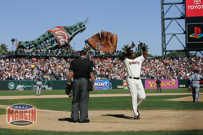 Barry Bonds. Baseball: Los Angeles Dodgers vs San Francisco Giants at AT&T Park in San Francisco on September 18, 2005.
