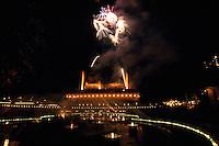 Daenemark, Feuerwerk im Vergnuegungspark Tivoli in Kopenhagen