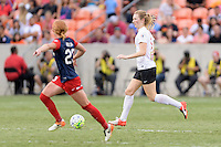 Houston, TX - Sunday Oct. 09, 2016: Samantha Mewis during the National Women's Soccer League (NWSL) Championship match between the Washington Spirit and the Western New York Flash at BBVA Compass Stadium. The Western New York Flash win 3-2 on penalty kicks after playing to a 2-2 tie.