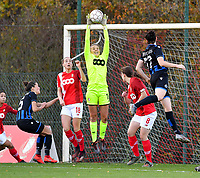 Lisa Lichtfus of Standard (16) pictured catching the ball during a female soccer game between Standard Femina de Liege and Club Brugge YLA on the seventh matchday of the 2020 - 2021 season of Belgian Scooore Womens Super League , saturday 14 th of November 2020  in Angleur , Belgium . PHOTO SPORTPIX.BE | SPP | DAVID CATRY