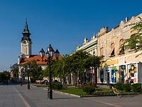 St. Georg und Straße Kralja Petra I in  Sombor, Vojvodina, Serbien, Europa<br /> St. George and street Kralja Petra I, Sombor,, Vojvodina, Serbia, Europe