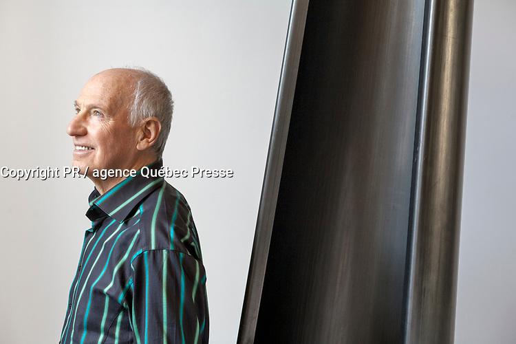 Canada, Montréal, l'artiste sculpteur André Fournelle dans son atelier en 2007 <br /> PHOTO :  Agence Quebec presse