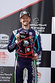 #51: Romain Grosjean, Dale Coyne Racing with RWR Honda, podium