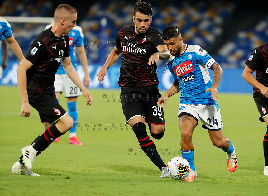 Lorenzo Insigne of Napoli  and Lucas Paqueta of Milan  during the  italian serie a soccer match,  SSC Napoli - AC Milan       at  the San  Paolo   stadium in Naples  Italy , July 12, 2020