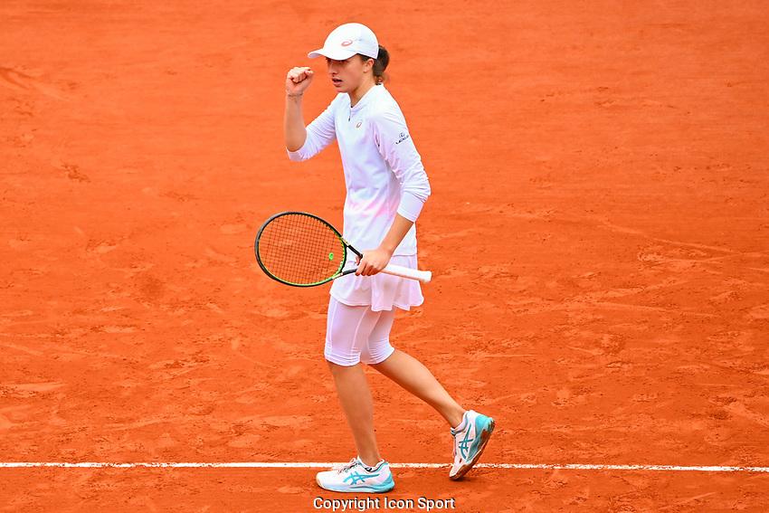 Iga SWIATEK of Poland during the day fourteen women's final Roland Garros on October 10, 2020 in Paris, France. (Photo by Anthony Dibon/Icon Sport) - Roland Garros - Paris (France)