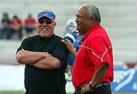Don Matthews Montreal Alouettes head coach and Joe Paopao Ottawa Renegades head coach 2005. Photo Scott Grant